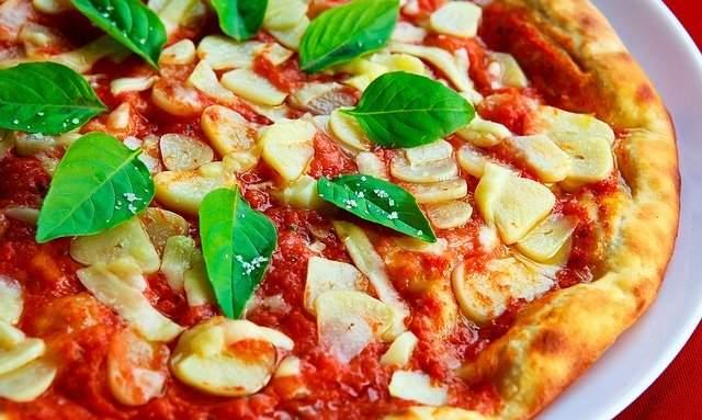 Popular Italian Pizza